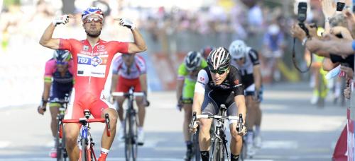 10a tappa Giro Italia, Bouhanni vince